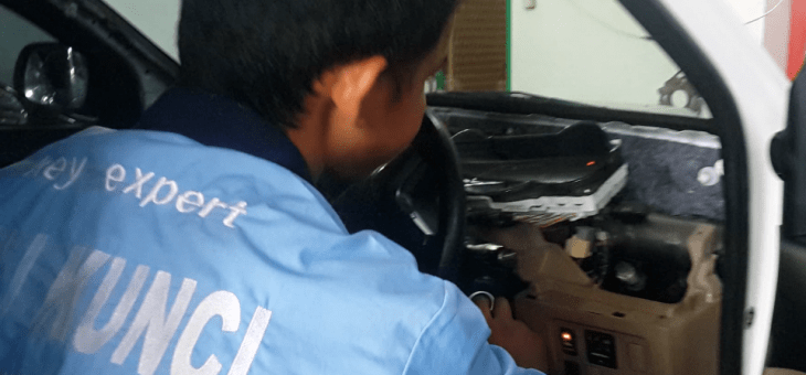 Ahli Kunci Panggilan Depok 24 Jam 0852-6743-2551 Mobil, Immobilizer dan Brankas
