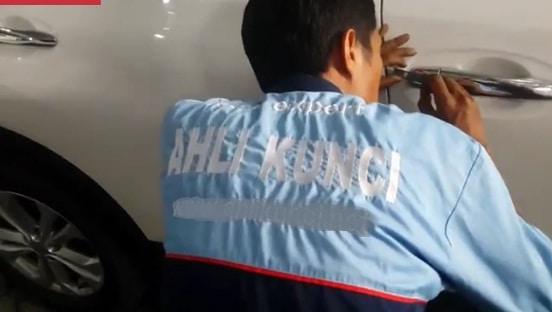 Ahli Kunci Surabaya Barat 0852-6743-2551 Mobil, Immobilizer dan Brankas