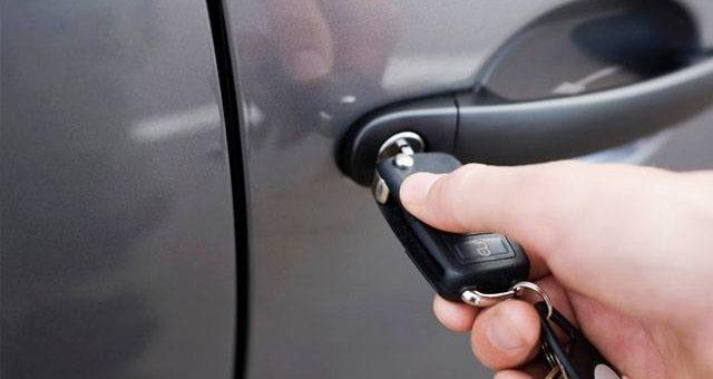 Ahli Kunci Jakarta Mahir Buka Pintu Mobil Dengan Cepat